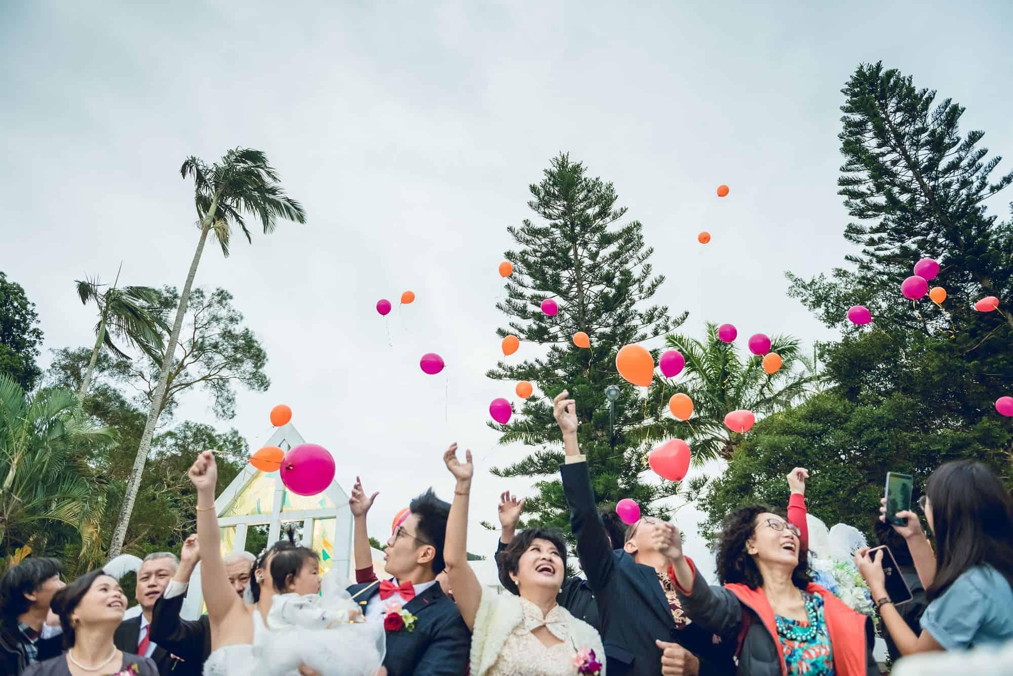 三宇影像,青青食尚花園會館,婚禮攝影,婚攝,台北婚推薦,新娘物語推薦,雙機攝影,青青池畔,跨國婚姻,跑車迎娶,闖關遊戲,